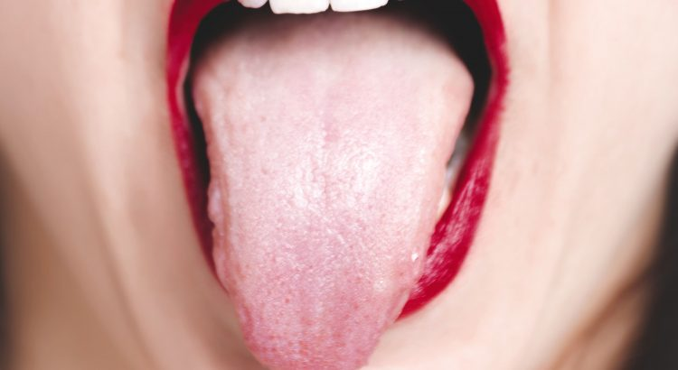 Waarom moet jij je tong soms schoonmaken